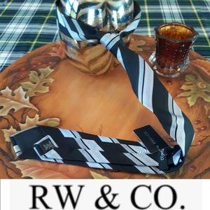 NWT RW&CO. Men's tie